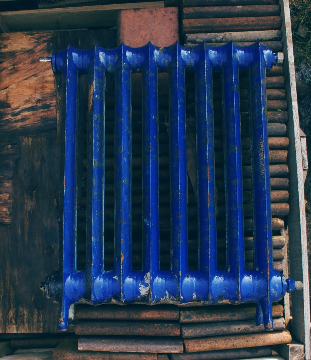 original-cast-iron-school-radiator